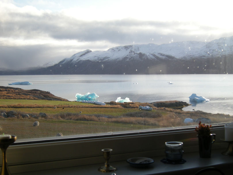 Ipiutaq guest farm, view from the dwelling house